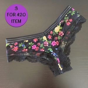 Victoria's Secret • Very Sexy Floral Cheeky Large